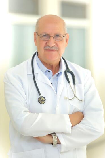 الدكتور مصطفى الفلاح
