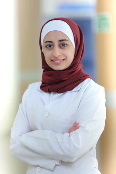 الدكتورة منال عيد الرفوع